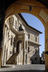 Fermo palazzo dei Priori